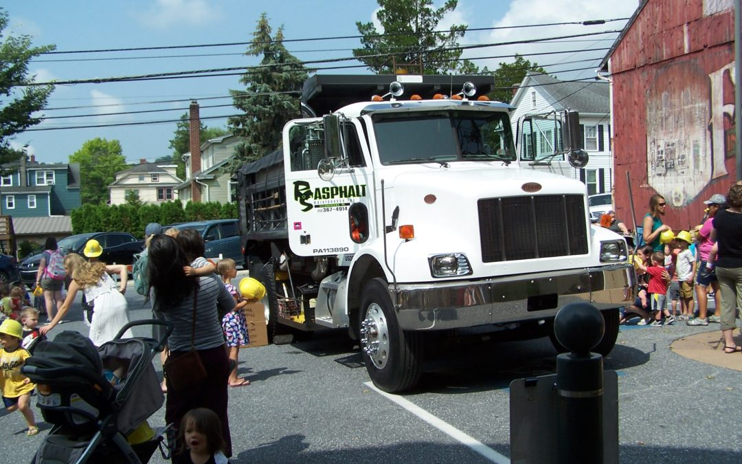 RS Asphalt at Touch-a-Truck event at the Elizabethtown Public Library